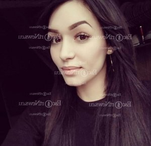 Nour-houda escort girl in Frankfort KY