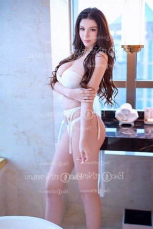 Alliette escort girls in East Honolulu